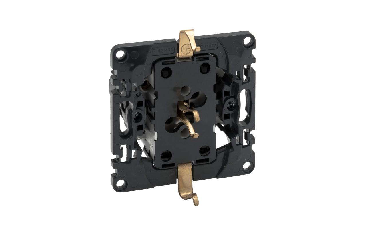 Tomada dupla 2x2P+T com ligadores automáticos Niloé Step 864022